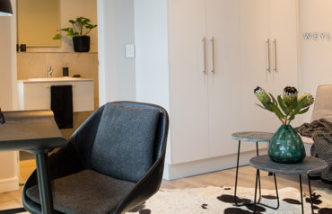 Furnished Apartment in One on Whiteley